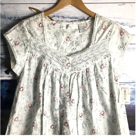 eileen west Other - Eileen West Floral Cotton Short Gown Sleep Shirt
